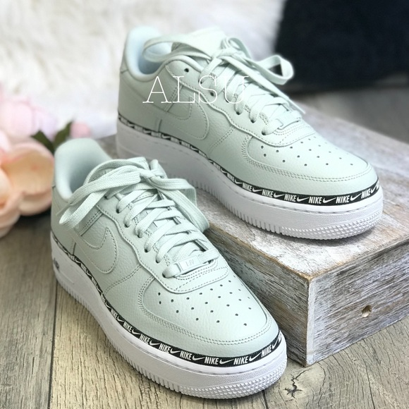 Nike W Air Force 1 '07 SE Premium Light Silver Light Silver | Footshop
